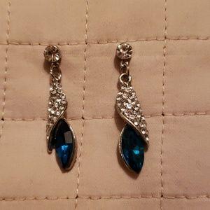 Jewelry - NWOT-CRYSTAL & BLUE GREEN CRYSTAL EARRINGS